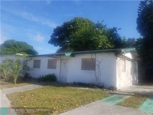 Photo of 354 NW 4th Ave #2, Delray Beach, FL 33444 (MLS # F10304310)