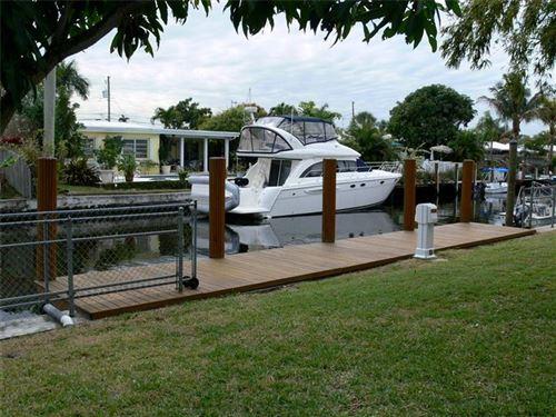 Photo of 1208 Citrus Isle, Fort Lauderdale, FL 33315 (MLS # F10280312)