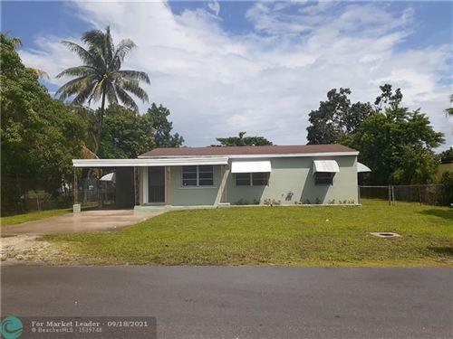 Photo of 901 NW 144th St, Miami, FL 33168 (MLS # F10301314)