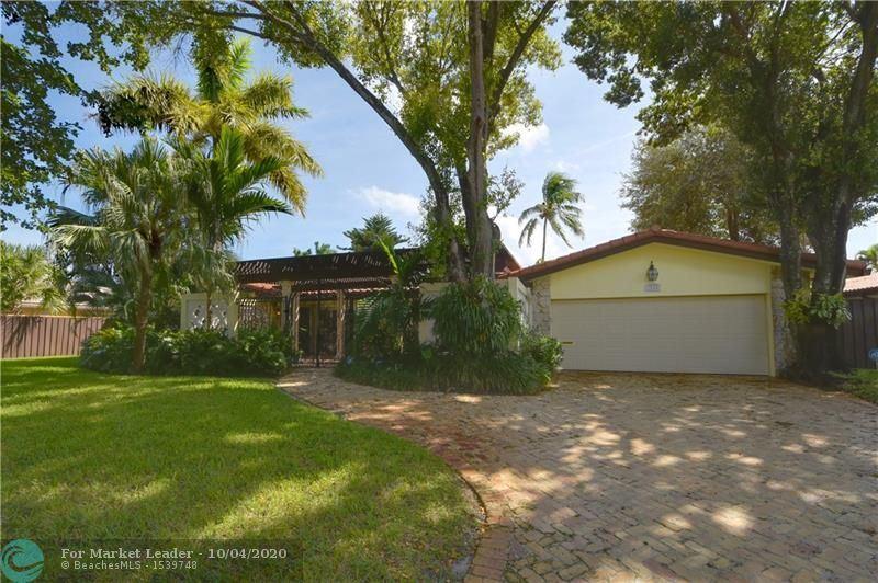 2500 NE 37 Dr, Fort Lauderdale, FL 33308 - #: F10251317