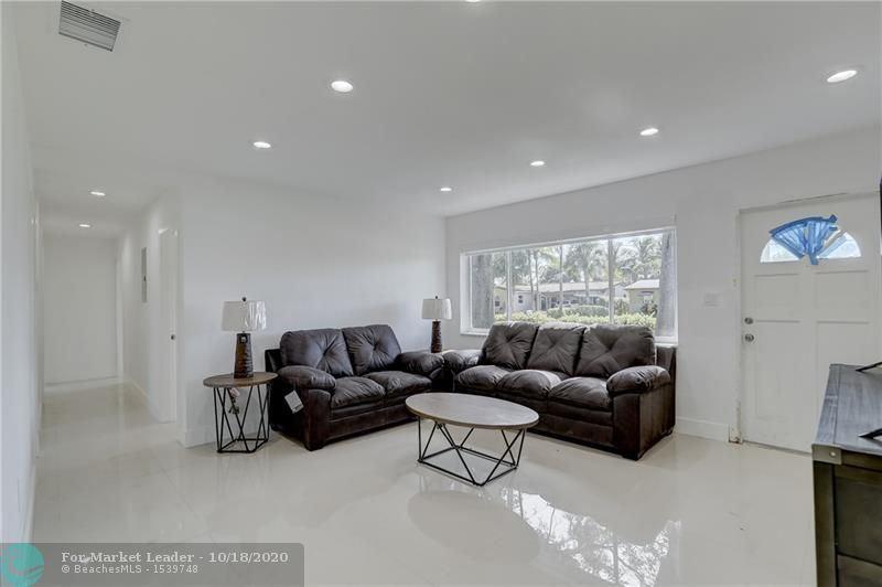 Photo of 2916 NE 1st Ave, Wilton Manors, FL 33334 (MLS # F10244319)