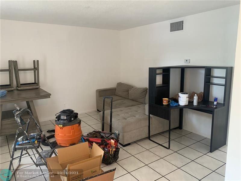 Photo of 1401 NE 17th Ct #210, Fort Lauderdale, FL 33305 (MLS # F10304320)