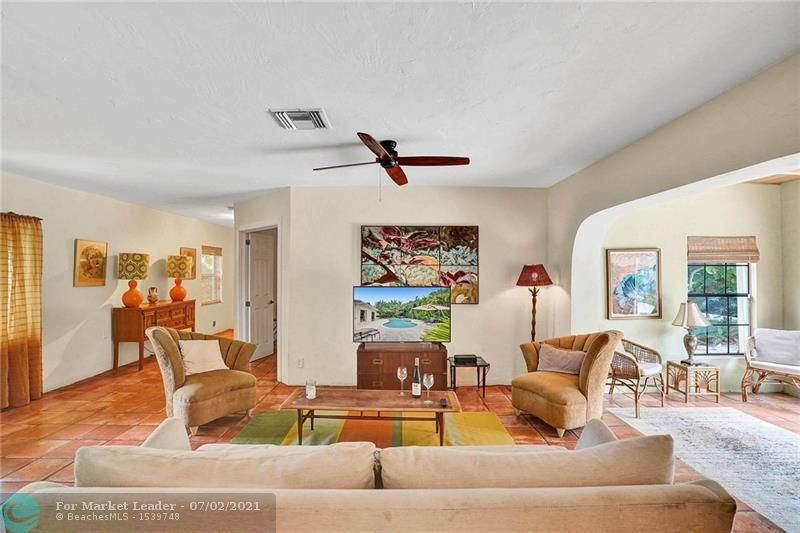 Photo of 2520 Yacht Club Blvd, Fort Lauderdale, FL 33304 (MLS # F10291322)