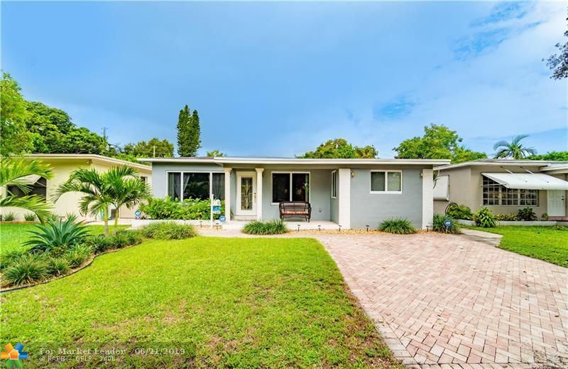 Photo for 510 S 26th Ave, Hollywood, FL 33020 (MLS # F10180325)