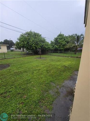 Photo of 2637 NW 7th St, Pompano Beach, FL 33069 (MLS # F10301326)