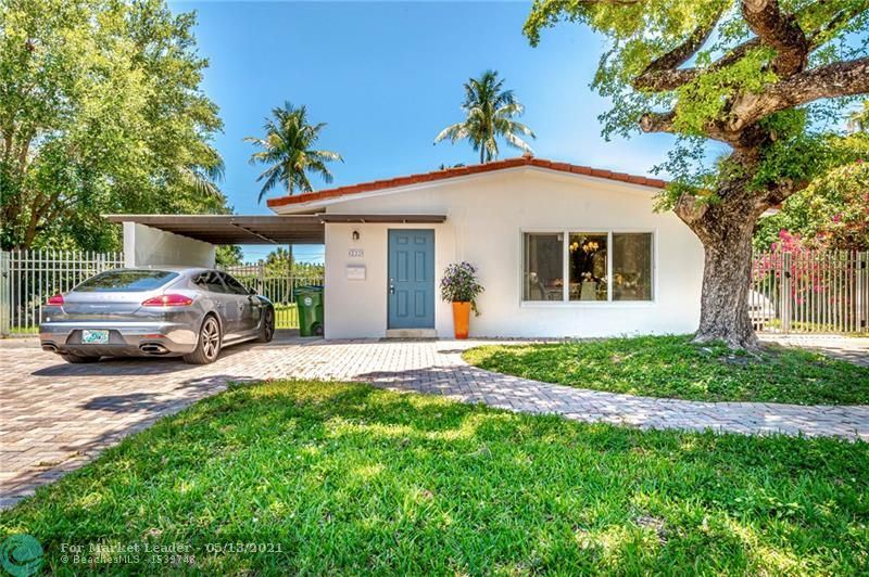 Photo of 332 NW 26th Ct, Wilton Manors, FL 33311 (MLS # F10283327)