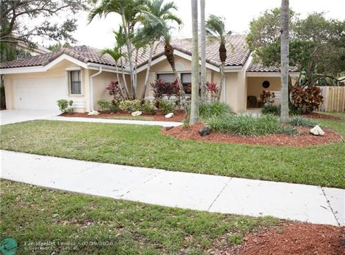 Photo of Listing MLS f10218329 in 1965 Lake Point Dr Weston FL 33326