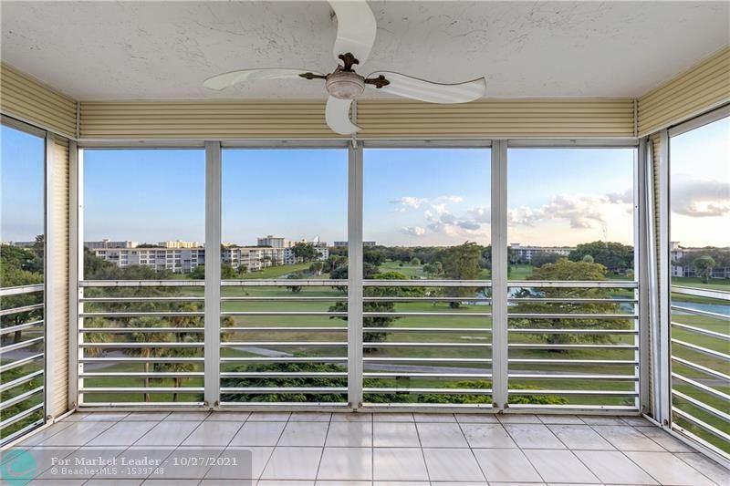 Photo of 3520 Oaks Way #607, Pompano Beach, FL 33069 (MLS # F10305330)