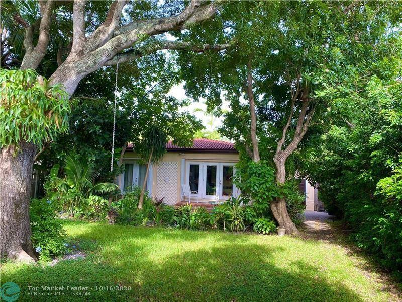 Photo of 624 NE 17th Way, Fort Lauderdale, FL 33304 (MLS # F10254337)
