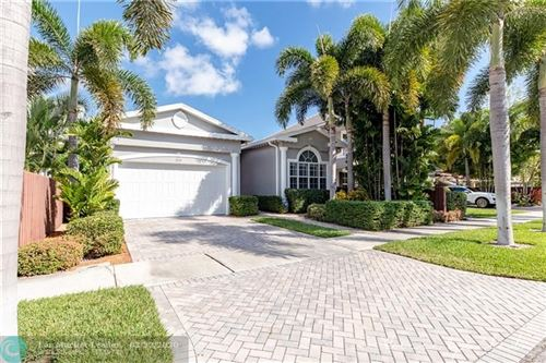 Photo of Listing MLS f10216347 in 225 NE 21st Ct Wilton Manors FL 33305