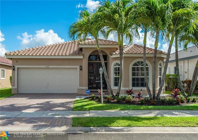 Photo for 11619 NW 48th St, Coral Springs, FL 33076 (MLS # F10176348)