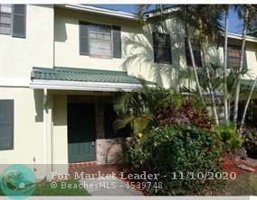 Photo of 586 Westree Ln, Plantation, FL 33324 (MLS # F10257351)