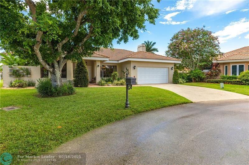 Photo of 6001 NW 60th Ct, Parkland, FL 33067 (MLS # F10292353)