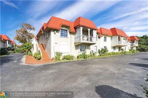 Photo of 555 SE 8th St, Deerfield Beach, FL 33441 (MLS # F10118354)