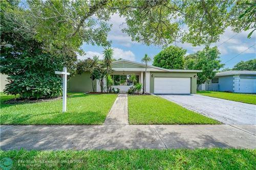 Photo of 5340 SW 5th St, Plantation, FL 33317 (MLS # F10297354)