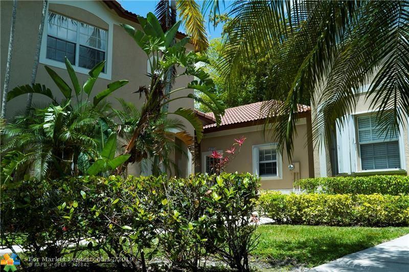 Photo for 16223 Emerald Cove Rd, Weston, FL 33331 (MLS # F10176359)