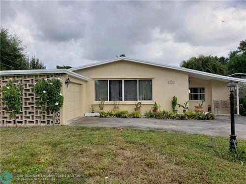 Photo of 414 NW 48th Ter, Plantation, FL 33317 (MLS # F10202360)
