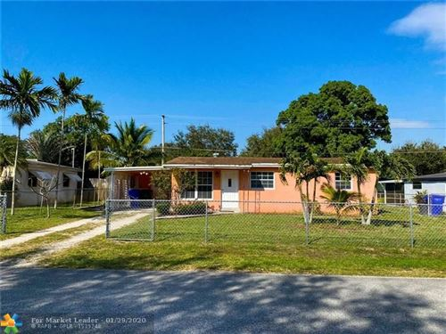 Photo of Listing MLS f10213360 in 5701 Simms Hollywood FL 33021