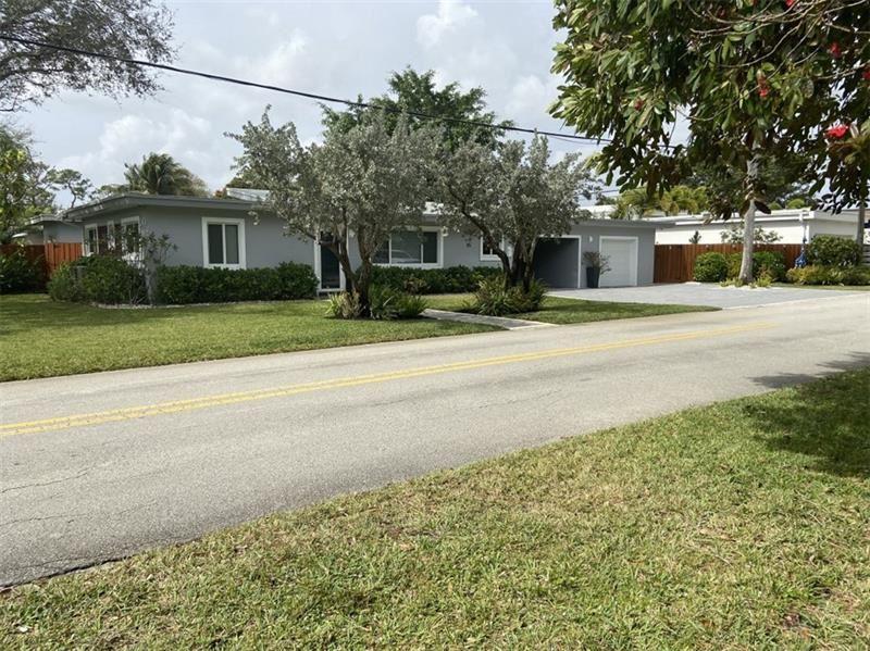 Photo of 245 NE 22nd St, Wilton Manors, FL 33305 (MLS # F10270363)