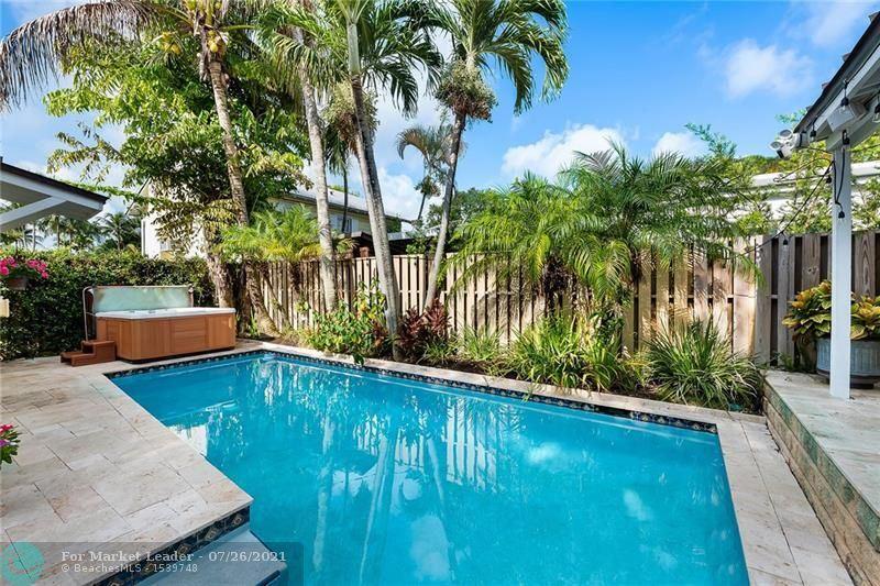 Photo of 920 SE 5th Ct, Fort Lauderdale, FL 33301 (MLS # F10294365)