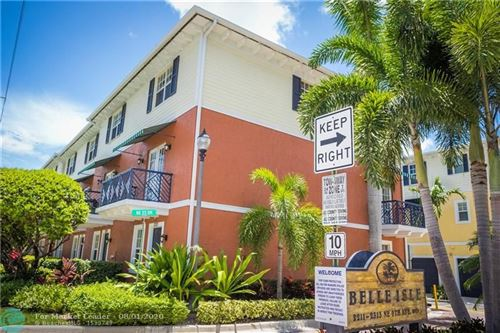 Photo of Listing MLS f10241368 in 2221 NE 9th Ave #2221 Wilton Manors FL 33305