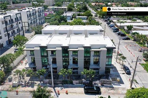 Photo of 1050 N Victoria Park Rd #N3, Fort Lauderdale, FL 33304 (MLS # F10301371)