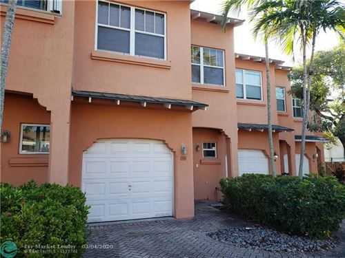 Photo of Listing MLS f10212374 in 724 SE 14th Ct #724 Fort Lauderdale FL 33316