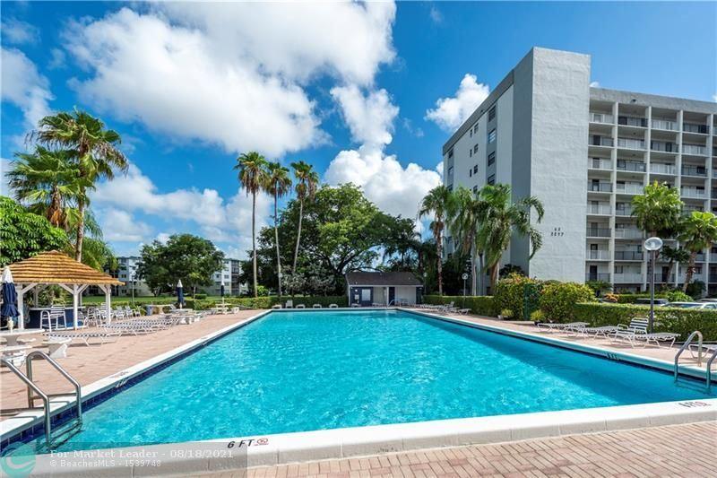 Photo of 2215 Cypress Island Drive #208, Pompano Beach, FL 33069 (MLS # F10294375)
