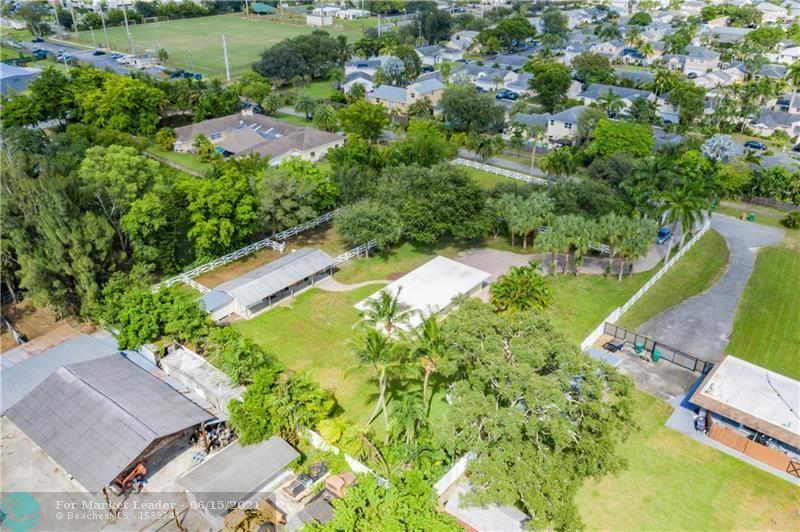 Photo of 4001 SW 73rd Ave, Davie, FL 33314 (MLS # F10288376)