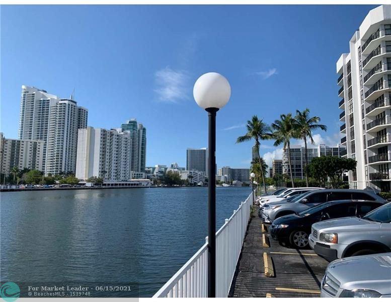 1000 Parkview Dr #715, Hallandale Beach, FL 33009 - #: F10277377