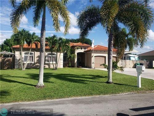 Photo of 32283 SW 205 AV, Homestead, FL 33030 (MLS # F10305380)