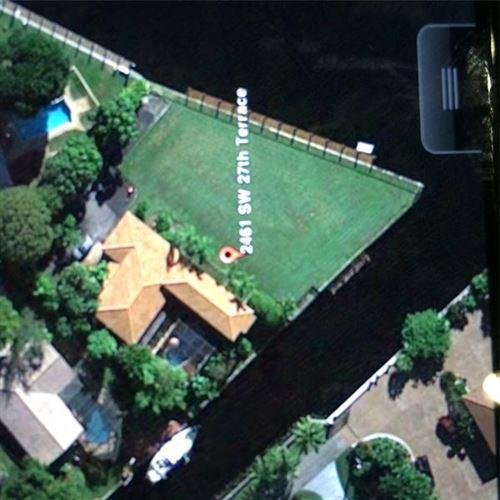 Photo of 2461 SW 27th terrace, Fort Lauderdale, FL 33312 (MLS # F10279385)