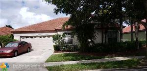 Photo of Listing MLS f10197387 in 3009 Casa Rio Ct Riviera Beach FL 33418