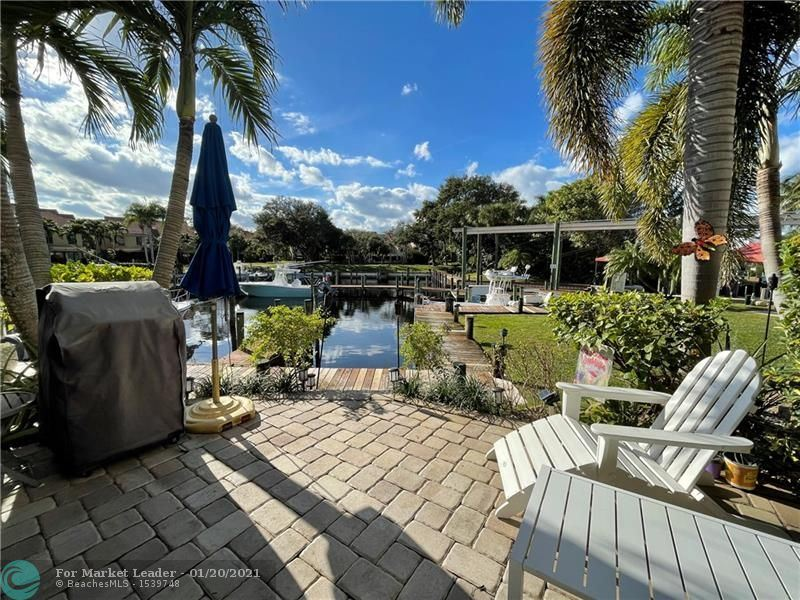 Photo of 2359 Treasure Isle Dr #36, Palm Beach Gardens, FL 33410 (MLS # F10267387)