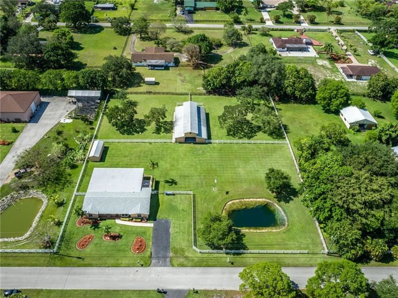 17350 SW 46th St, SouthWest Ranches, FL 33331 - #: F10275387