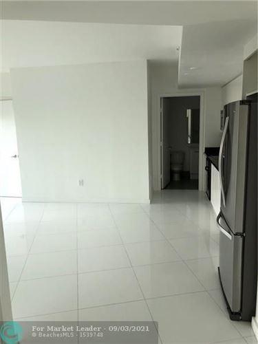 Photo of 92 SW 3rd St #1106, Miami, FL 33130 (MLS # F10299389)