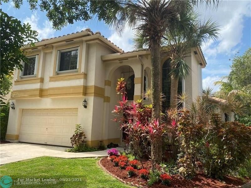 Photo for 5721 NW 63rd Pl, Parkland, FL 33067 (MLS # F10297389)