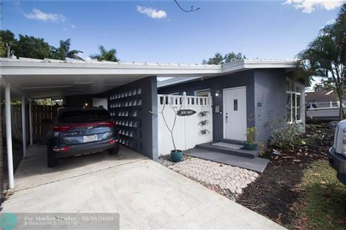 Photo of Listing MLS f10218392 in 2364 SW 35th Ave Fort Lauderdale FL 33312