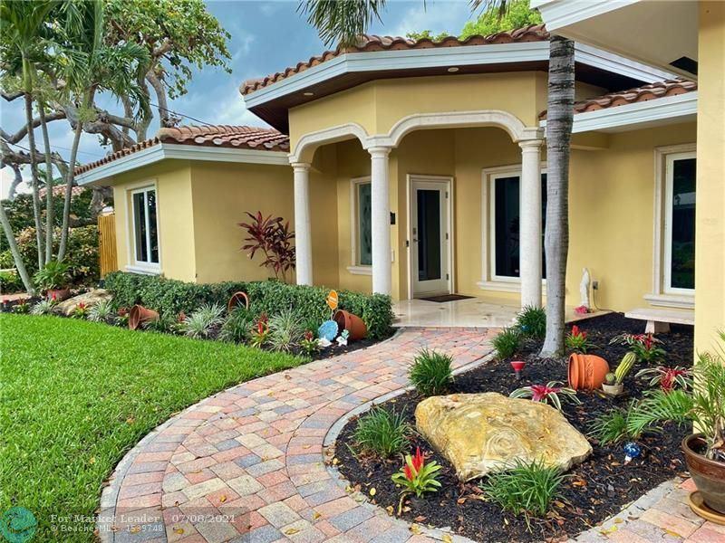 Photo of 6541 NE 20th Ave, Fort Lauderdale, FL 33308 (MLS # F10291393)