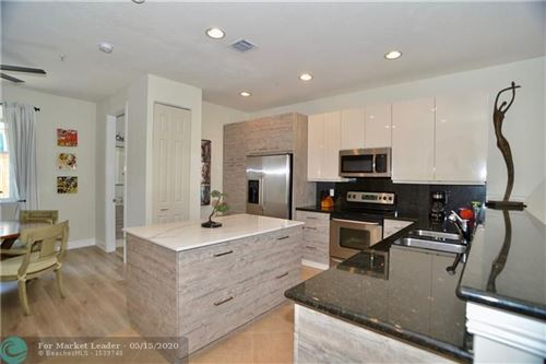 Photo of Listing MLS f10223395 in 2257 NE 9th Ave #2257 Wilton Manors FL 33305