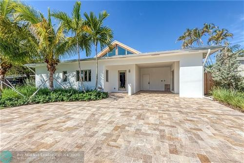 Photo of Listing MLS f10212398 in 1935 NW 3rd Ave Wilton Manors FL 33311