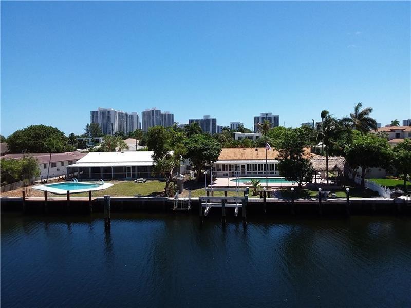 455 Paradise Isle Blvd #303, Hallandale Beach, FL 33009 - MLS#: F10273399
