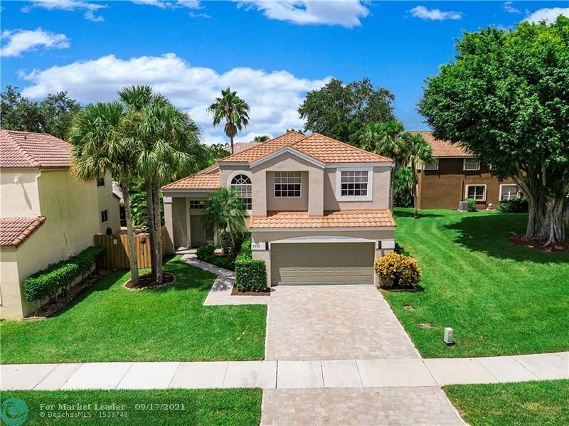 Photo for 7701 NW 61st Ter, Parkland, FL 33067 (MLS # F10295400)