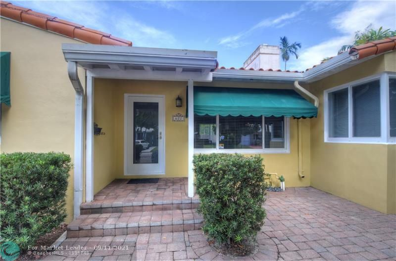 Photo of 622 NE 16th Ter, Fort Lauderdale, FL 33304 (MLS # F10300402)