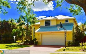Photo of 3468 Lincoln Way, Hollywood, FL 33026 (MLS # F10170403)