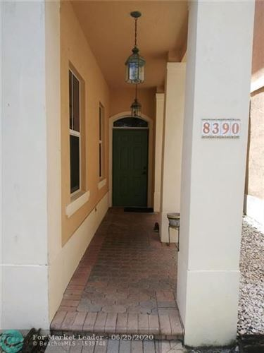 Photo of Listing MLS f10235403 in 8390 NW 143rd Ter Miami Lakes FL 33016