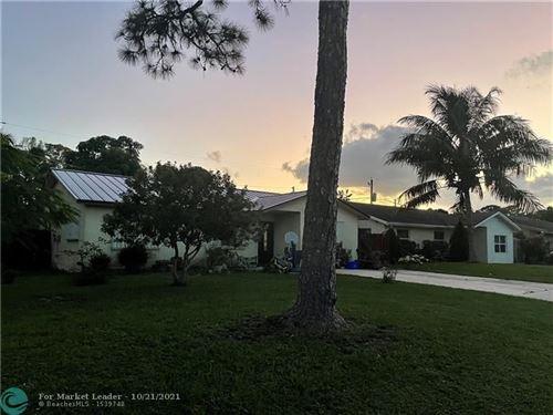 Photo of 4576 Curtis Ave, Lake Worth Beach, FL 33463 (MLS # F10305404)