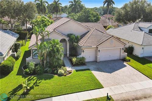 Photo of 3270 Overlook Rd, Davie, FL 33328 (MLS # F10301405)