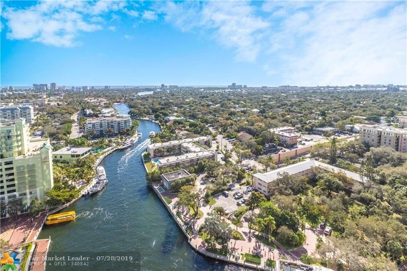 Photo for 411 N NEW RIVER DR E #2402, Fort Lauderdale, FL 33301 (MLS # F10161405)