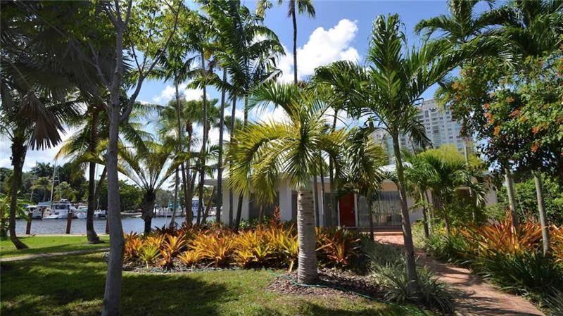 525 SW 5th Street, Fort Lauderdale, FL 33315 - #: F10215409